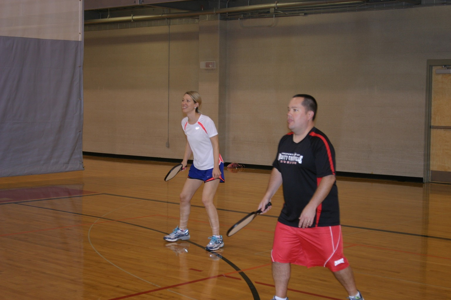 husband wife playing pickleball in trussville alabama, alabama pickleball, trussville pickleball, birmingham pickleball